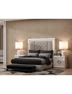 Dormitorio de chapa de roble tapizado con capitoné Havana