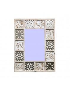 Espejo WHITEHOME con marco de dibujos grabados lacado en blanco